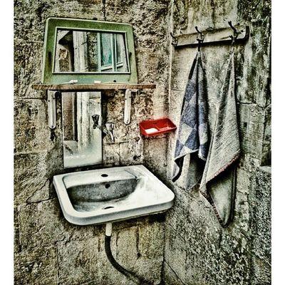Lavabo Gaziantep Igersgaziantep Igersantep Antep lavabo turkinstagram turkishfollowers bir_dakika aniyakala objektifimden zamanidurdur zamanakarsi hayatakarken ig_turkey instadaily igdaily ig_mood ig_masterpiece ig_photo instaphoto